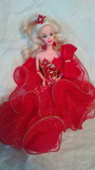 Happy Holidays Christmas Barbie Doll 1993