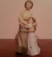Heart to Heart Grandmother to Granddaughter Figurine