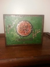 Lucky Strike Flat Fifties Cigarette Tin