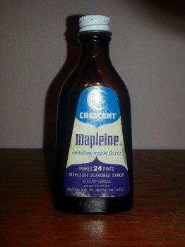 Crescent Mapleine 2 Ounce Flavored Syrup Bottle