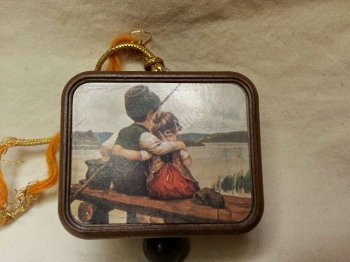 Vintage Pull String Music Box Ornament